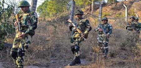 Indian army killed 5 Pakistan army members try to illegal entry in border