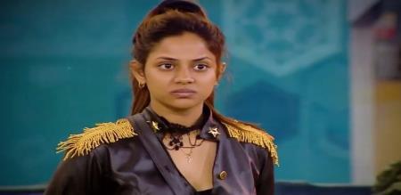 ishvarya dutta saree wearing photoshoot
