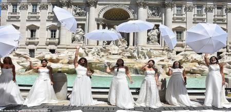 Italy wedding protest by girls trending video