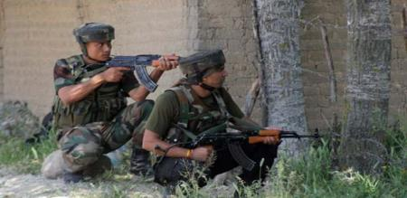 Indian army officers shot terrorist in jammu Kashmir
