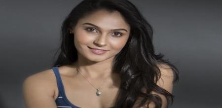 actress andrea hot photos
