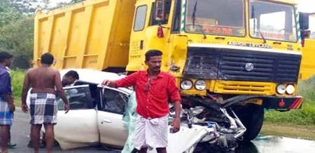 in ariyalur jeyamkondam car lorry accident man died
