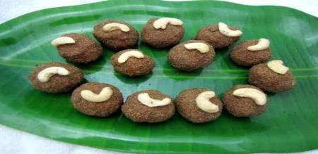 how to prepare kampu mavu laddu