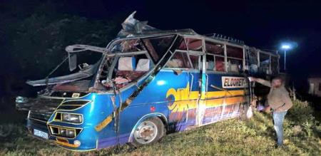 in kenya bus lorry accident 12 peoples died in spot