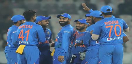 india won the match help of kohli master class innings