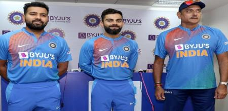 India Captain Virat Kohli Injured