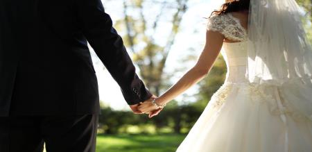 groom attacked by theif before marriage