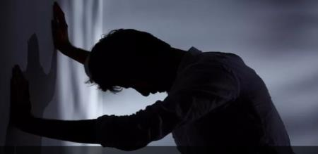 men sexually harassment by group of 5 members