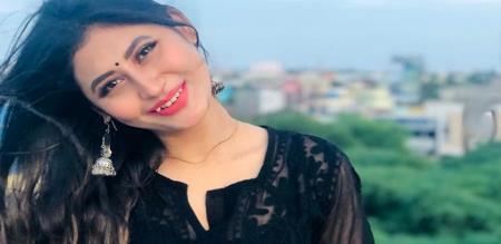 3 movie actress latest photo shoot