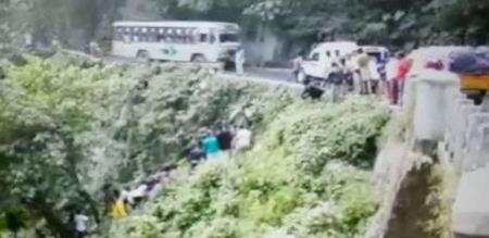 in ooty accident lucky husband and wife saved