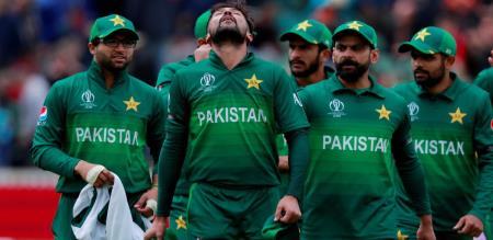 Pakistan cricket players corona tested positive
