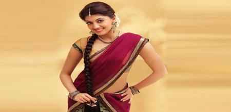 Actress Pranitha Subhash cute speech