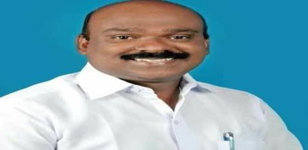 Dmk Party Pudukkottai member drunk and drive fight with lady cop