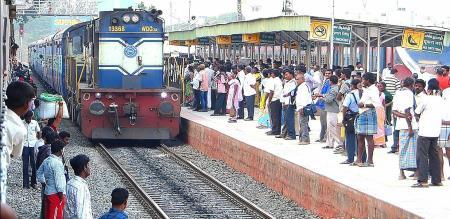 seven special train for tamilnadu