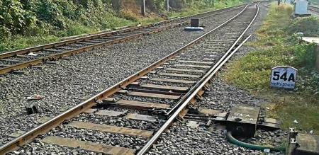 in thirunelveli to jamnagar express train lucky missed accident
