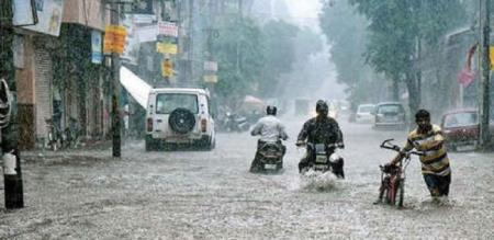 in thoothukudi district leave school and college due to rain
