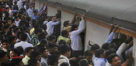 train accident in maharashtra