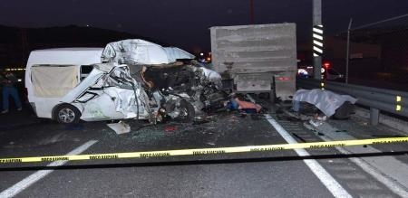 in mexico road accident peoples died in spot