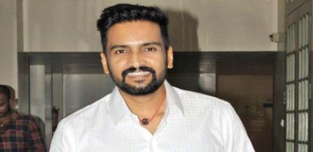 santhanam son new look