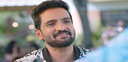 director says about santhanam new movie