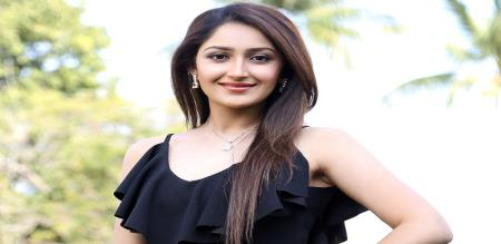 Actress Sayyeshaa twitter dancing video