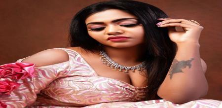 shaalu shammu hot photo without dress