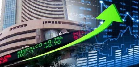 in mumbai share market starts high