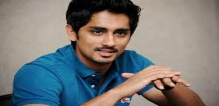 siddharth answered to the fan who talking unneccessary