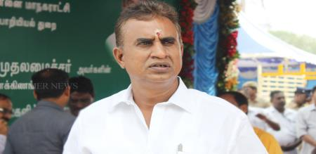 sp velumani says about tamilisai