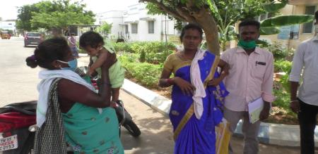 govt hospital foolish duty child body inject syringe at Trichy