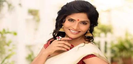 Sweety in Telugu Biggboss 4