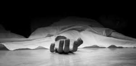 A women death in babanasam bus stand