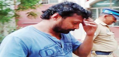 man-arrested-for-abuse-collage-girl-in-erode