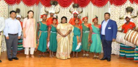 tamilisai dance in telungana