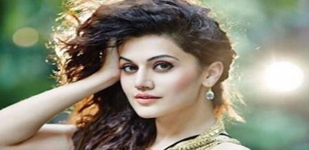 tapsee photo in magazine