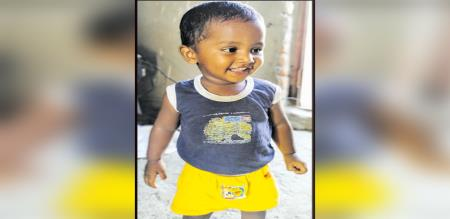 in thiruvallur child died van driver search by police