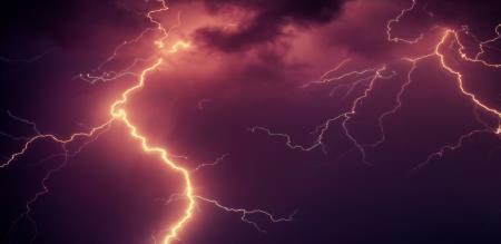 in utterpredesh 32 peoples died thunder lighting