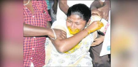 Tiruppur girl suicide attempt due to love failure