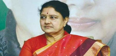 officers give notice to sasikala house